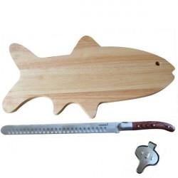 FischMesser - Lachs - mit Brett, Messer und Zitrone drücken